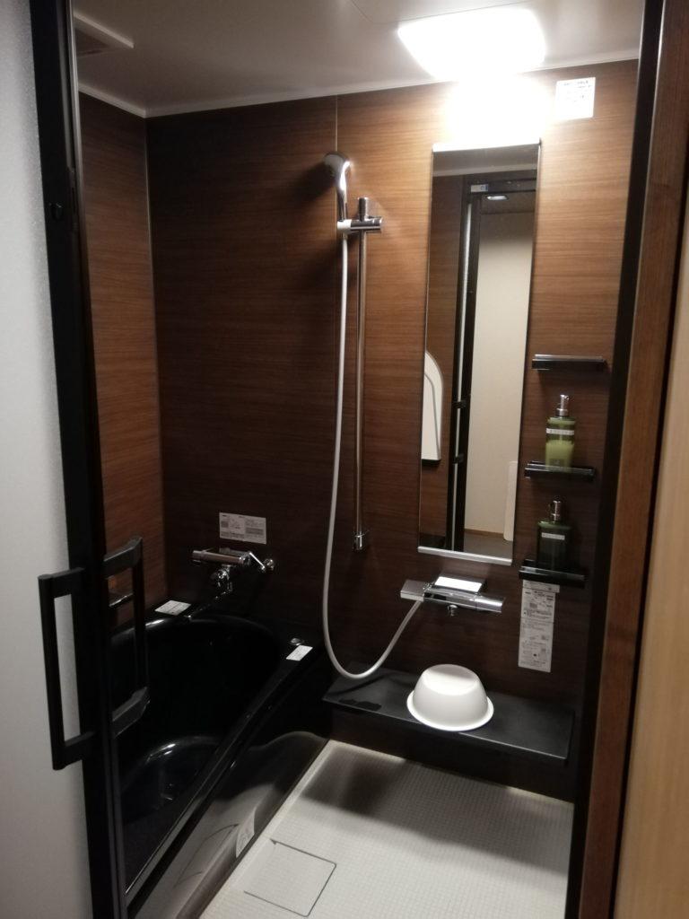 浴槽付き浴室